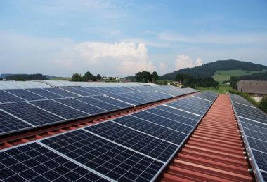 Meyer Burger will nächstes Jahr Photovoltaik-Dachziegel auf den Markt bringen